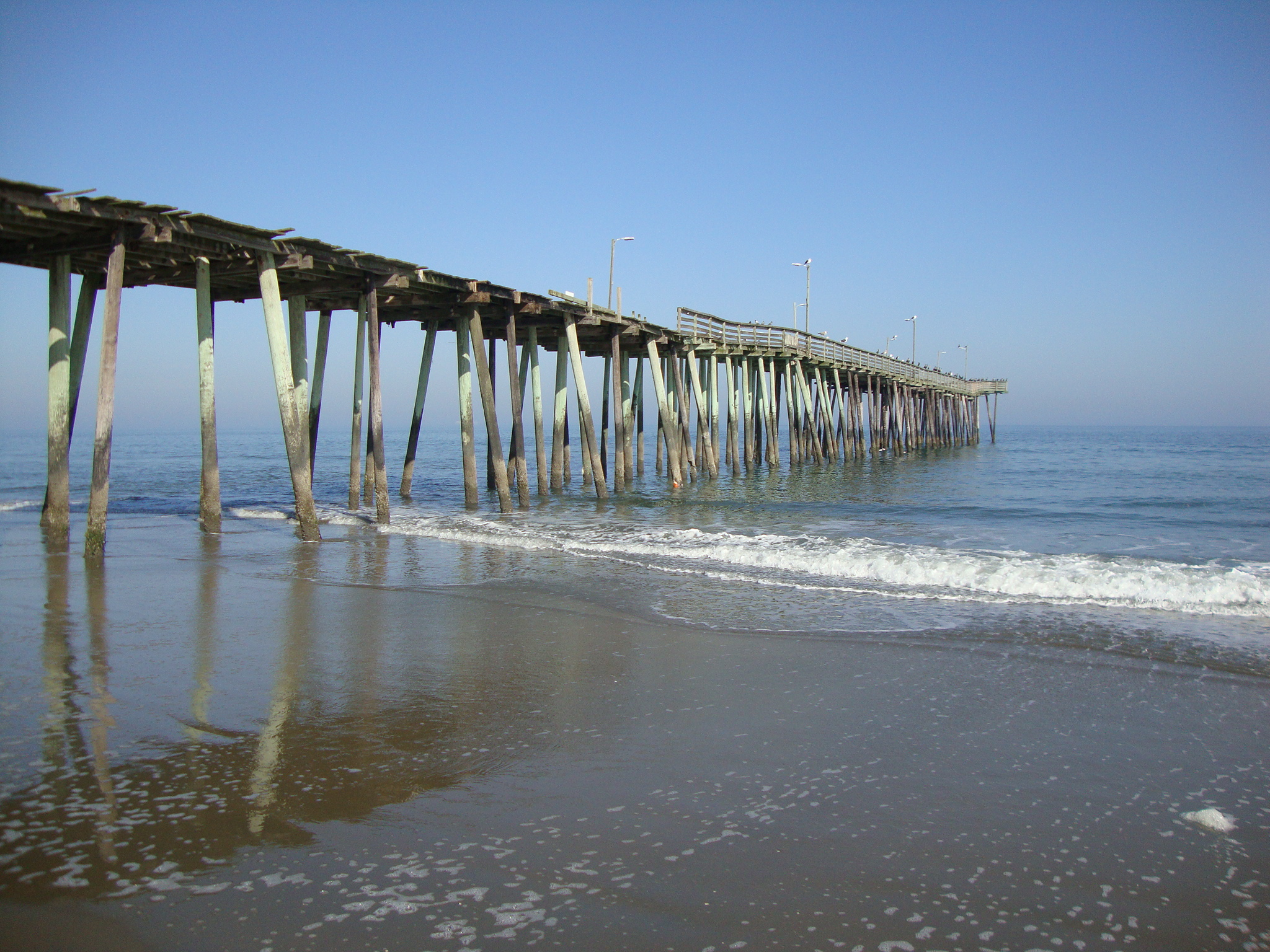 Virginia beach fishing pier virginia beach vacation guide for Long beach fishing spots