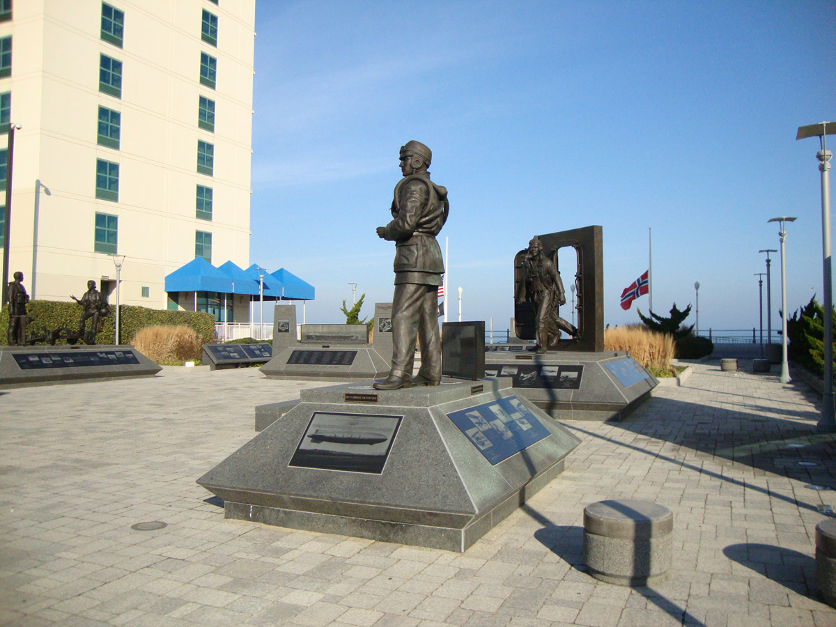 Outer Banks Hotels >> Naval Aviation Monument Park | Virginia Beach Vacation Guide